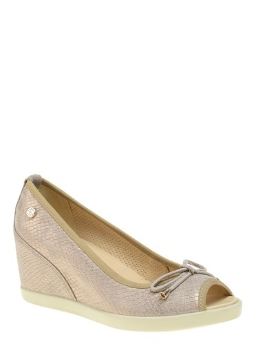 Divarese Deri Dolgu Topuklu Ayakkabı Altın